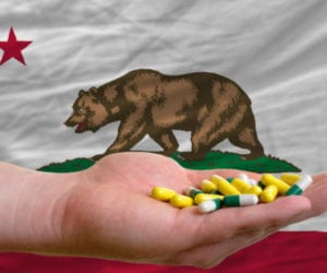 California Passes Bill Targeting 'Doctor Shopping' for Prescription Drugs