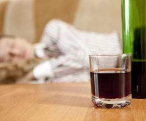 How Alcoholism Affects Both Your Sleep and Your Life Expectancy