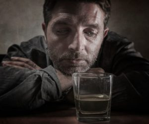 12 Questions to Help You Recognize the Signs of Alcoholism